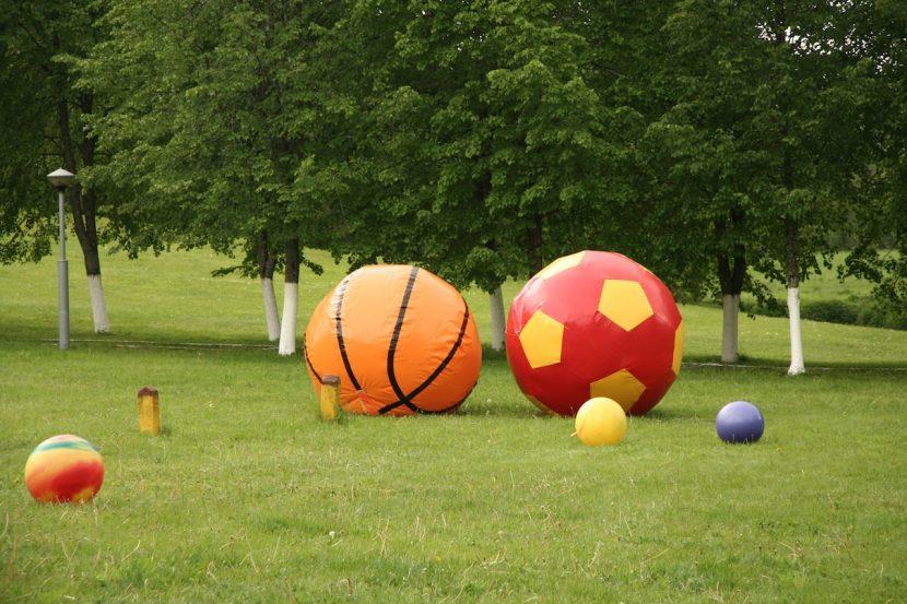 Гигантский Мяч - Аренда аттракционов