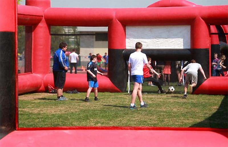 игровое поле для мини-футбола