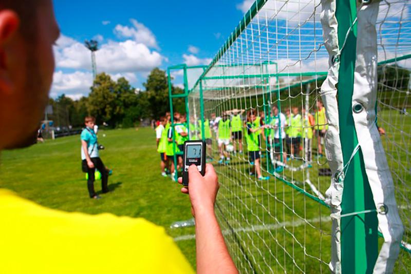 Скоростеметр - футбольные аттракционы