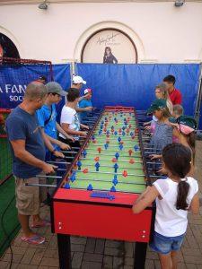 Мега Настольный Кикер-футбол - футбольные аттракционы